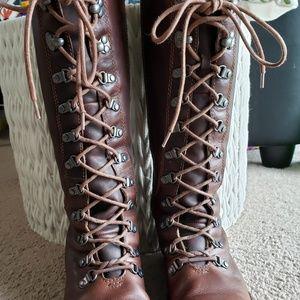 Tall Keen boots!